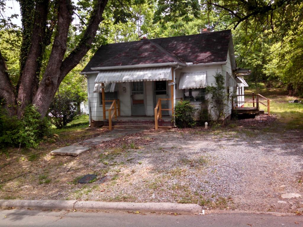 116-120 W. Steele St.